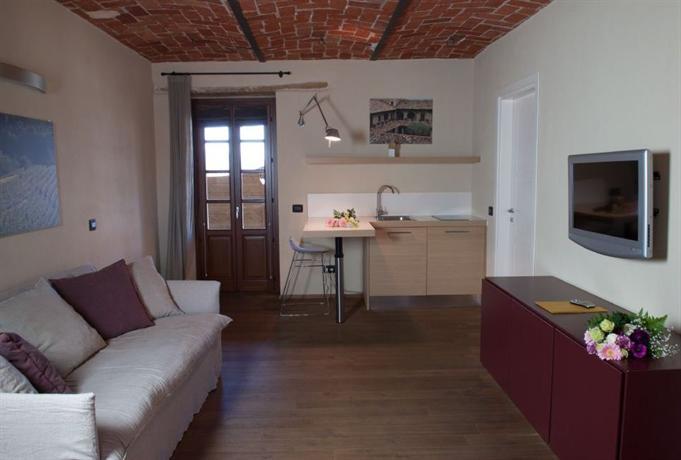 I tre poggi canelli encuentra el mejor precio for Mini appartamenti arredati giugliano