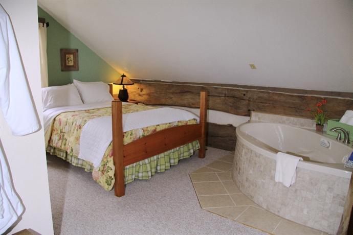 The Inn And Spa At Cedar Falls Reviews