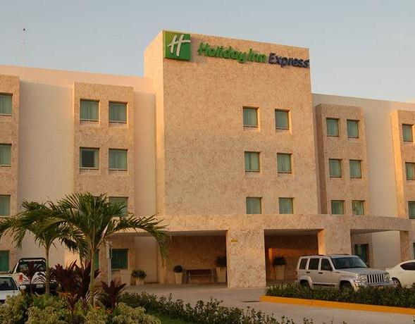Holiday Inn Express Paraiso Dos Bocas