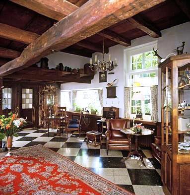 romantik hotel hof zur linde munster compare deals. Black Bedroom Furniture Sets. Home Design Ideas