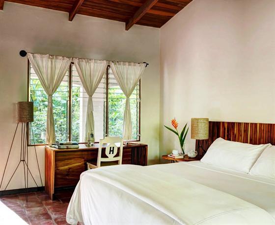 Harmony hotel nosara compare deals for Harmony hotel paris