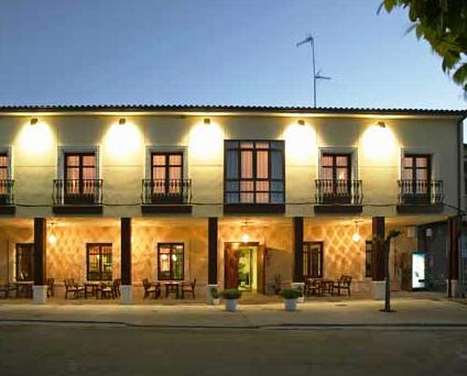 Senorio de Los Bazan Hotel Palacios de la Valduerna