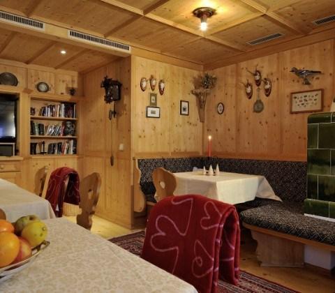 Hotel Montjola St Anton Reviews