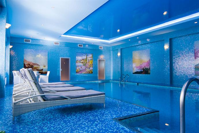 Royal zenith hotel i moscow compare deals for Zenith garden rooms