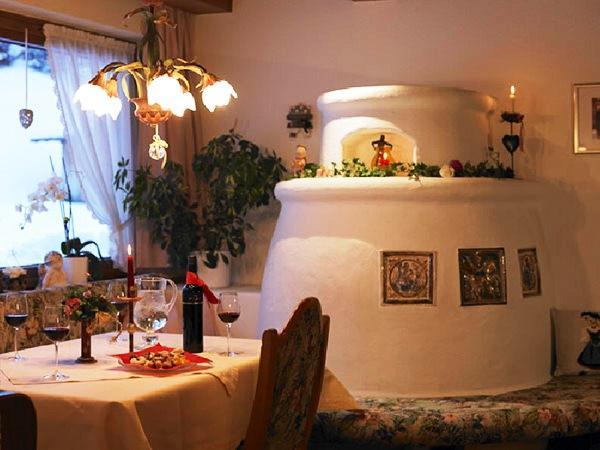 Lavendel Gastehaus Lech Am Arlberg  Compare Deals. Hotel Terme Salvarola. Le Grand Bois La Residence. Grange Manor Hotel. Rhins Of Galloway Hotel. Fairmont Makati Hotels & Resorts. Cason De La Marquesa Hotel. Cincinnatian Hotel. Landhotel Alte Fliegerschule
