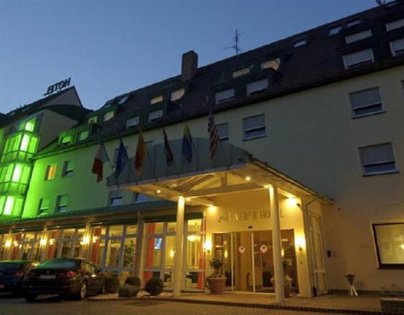 Weber Hotel