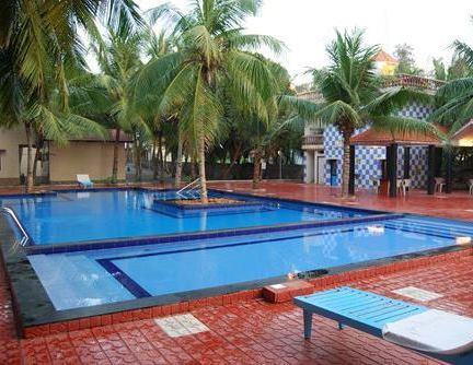 Blue bay beach resort chennai thiruporur compare deals for Cheap resorts in ecr with swimming pool