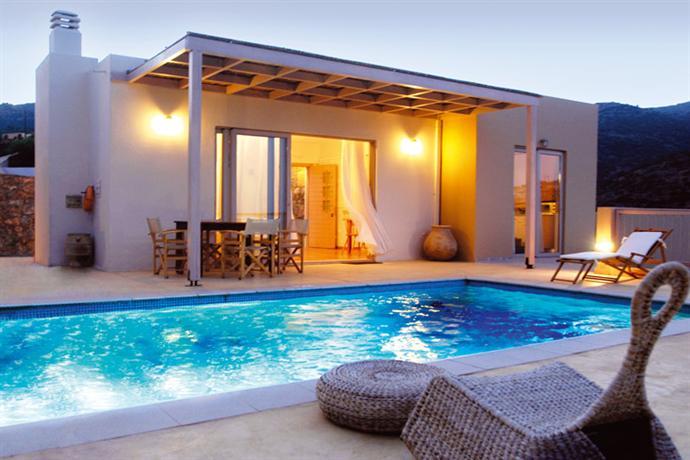Pleiades Luxurious Villas