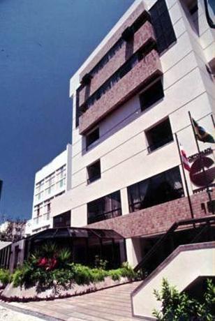 Porto farol apart hotel salvador compare deals for Appart hotel porto