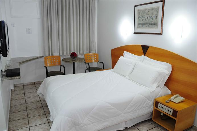 Hotel panorama tower ipatinga compare deals for Hotel panorama