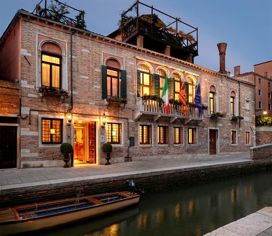 Palazzetto madonna hotels venise for Hotels venise