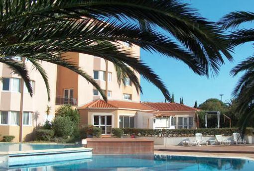 Hotel Languedoc Roubillon Avec Piscine