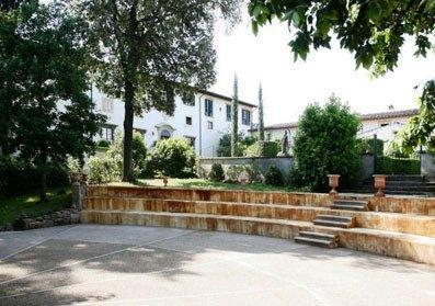 Apartment carraia firenze florence compare deals for Appart hotel florence