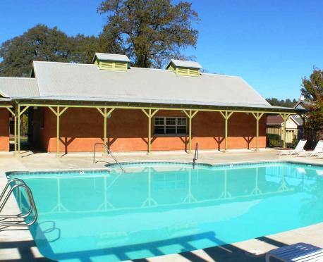 Greenhorn Creek Vacation Cottages, 앤젤스캠프 - 호텔 가격비교