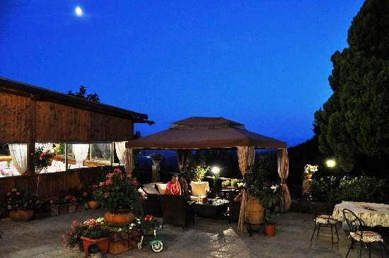 tuscany rural accommodation - photo#14