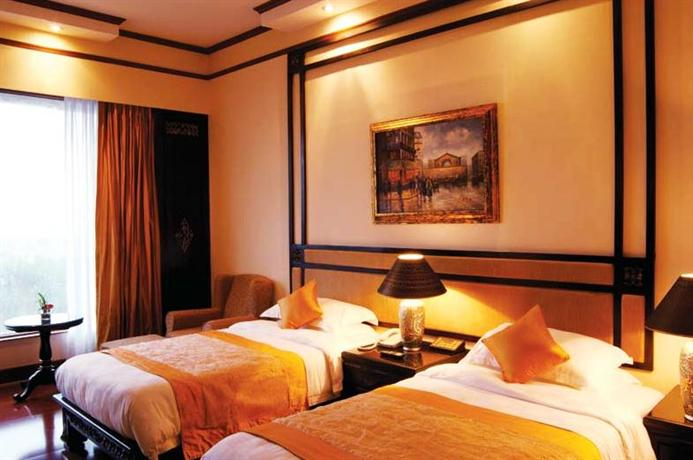 Palms Hotel Tower And Villas Goregaon East