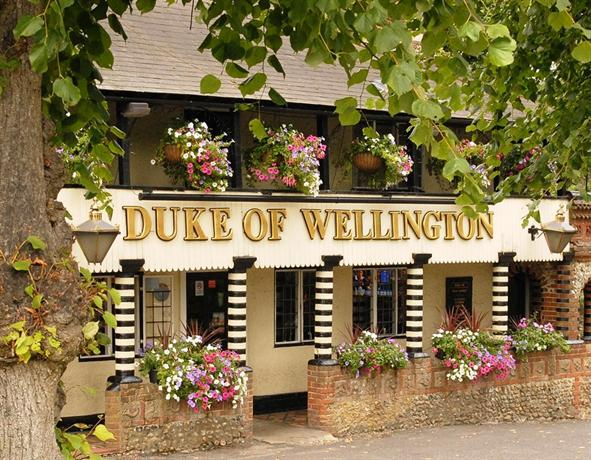 the duke of wellington inn east horsley compare deals. Black Bedroom Furniture Sets. Home Design Ideas