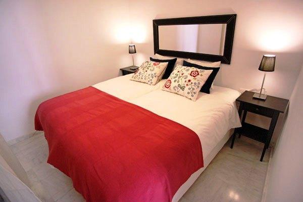 Apartamentos Sleepin Sevilla Quirós