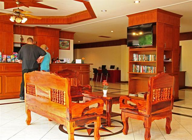 Phuket Guest Friendly Hotels - Manohra Cozy Resort