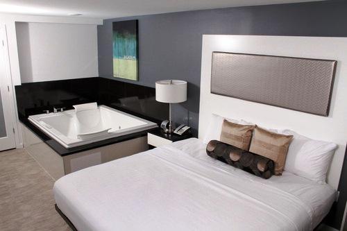 Lotus Hotel Daytona Beach
