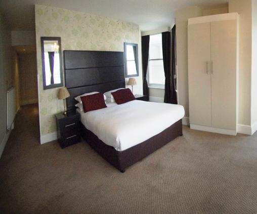 Queens Hotel & Spa