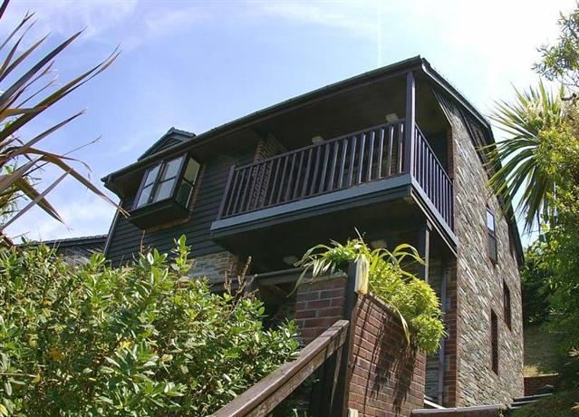 Barclay House Looe Compare Deals