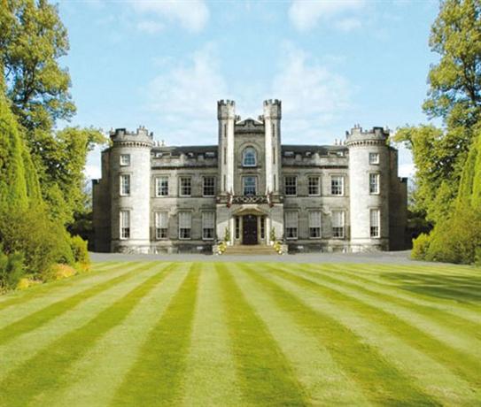 Hotels Near Airth Castle
