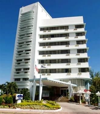 Hotel Dezerland Miami Beach
