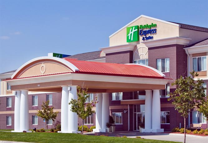 Holiday Inn Express Hotel & Suites Altoona - Des Moines