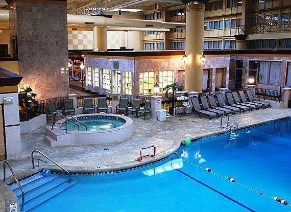 Holiday Inn Chicago Skokie Hotel