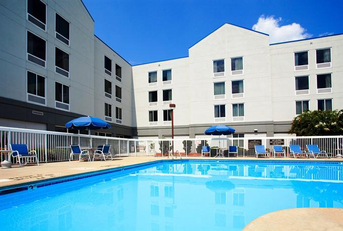 Holiday inn greenville swinger