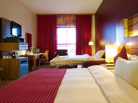 מלון רדיסון בלו בלפסט צילום של הוטלס קומביינד - למטייל (3)
