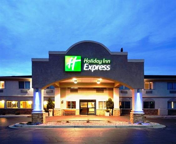 Holiday Inn Express is a modern, fresh, and affordable hotel for the uncomplicated budget traveler. A stay at any of the 2, Holiday Inn Express locations around the world provides great amenities like free Express Start breakfast and high speed internet access.