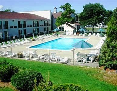 mariner motor lodge west yarmouth compare deals