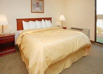 Comfort Suites Auburn Hills