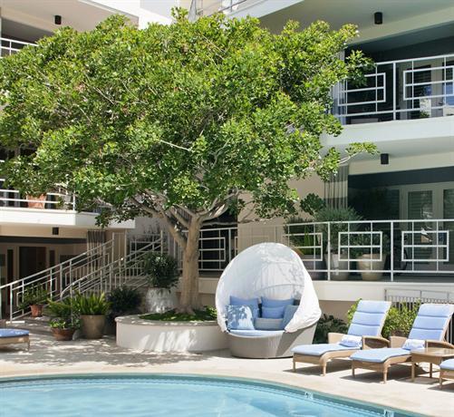 About Oceana Beach Club Hotel