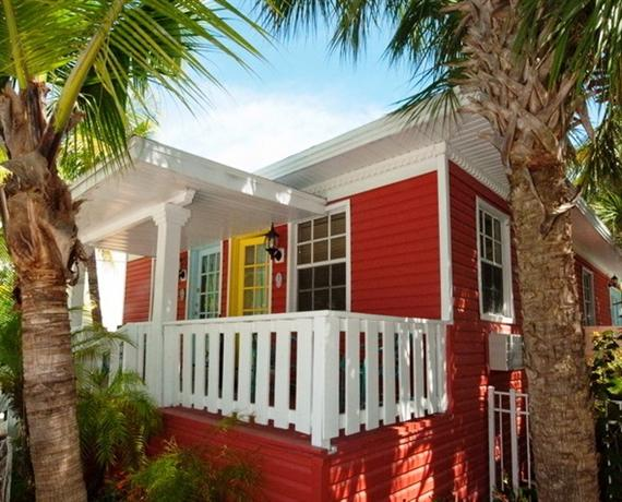 About Lighthouse Resort Inn Suites Fort Myers Beach