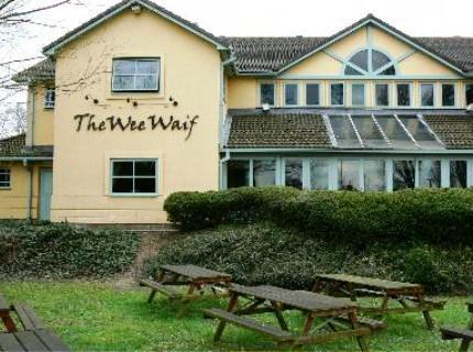 The Wee Waif Hotel Charvil