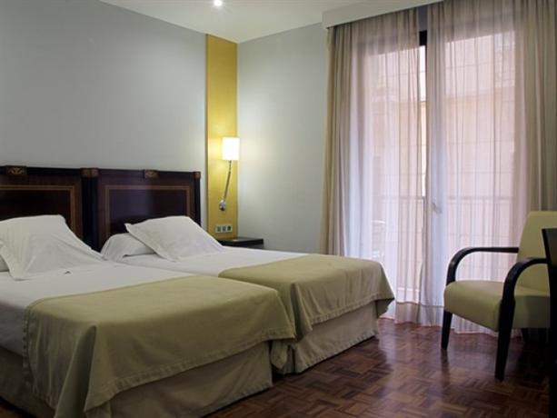 Don Curro Hotel Отель Дон Кьюрро