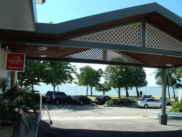 the beach house motel, townsville  compare deals, beach house motel townsville, beach house motel townsville queensland, beach house motel townsville reviews
