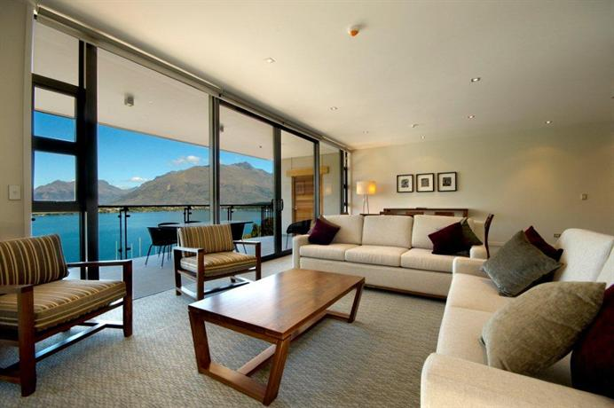 The rees hotel luxury apartments queenstown compare deals for Design hotel queenstown