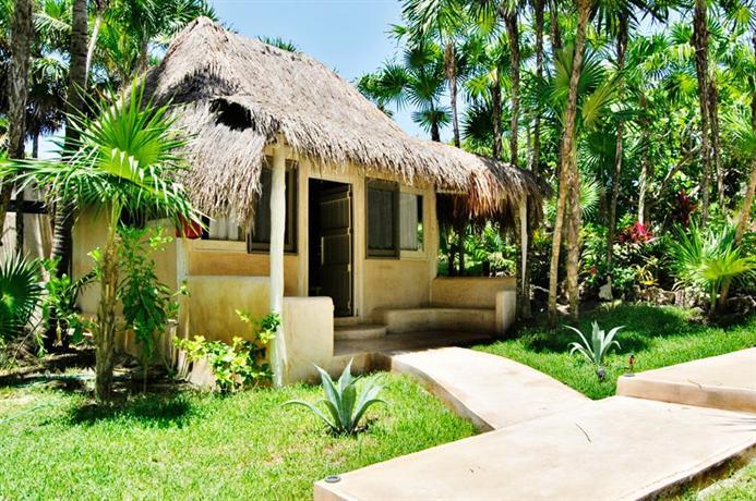 Villa las estrellas tulum compare deals for Villas tulum