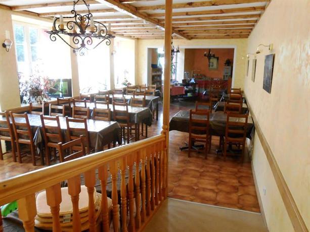 Hotel La Vieille Auberge Saint Privat D Allier