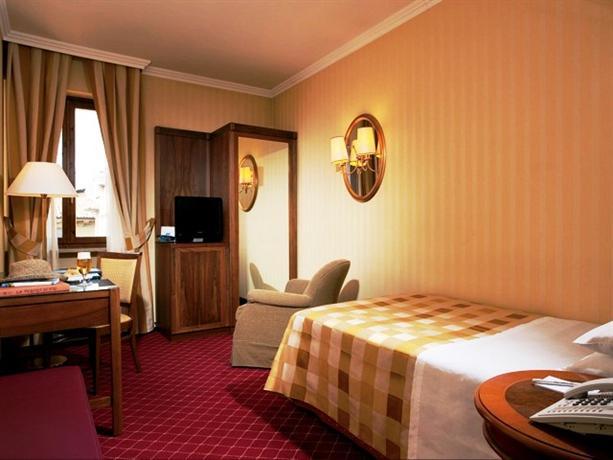 Hotel accademia verona offerte in corso for Accademia verona