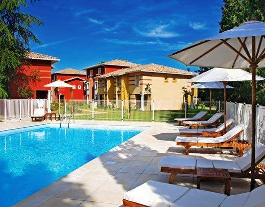129 hotels toulouse partir de 21 07 jetcost for Appart hotel rodez