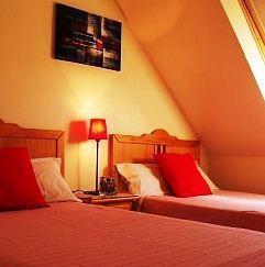 Hotel C&H Rooms