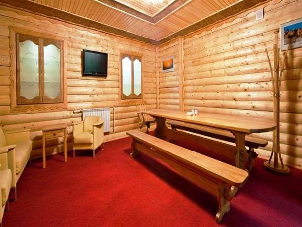 sovetskaya gavan chat rooms Sovetskaya gavan sovetskaya gavan the bar lounge car is the perfect place to enjoy a chat with your a laundry service and room upgrades to the next.