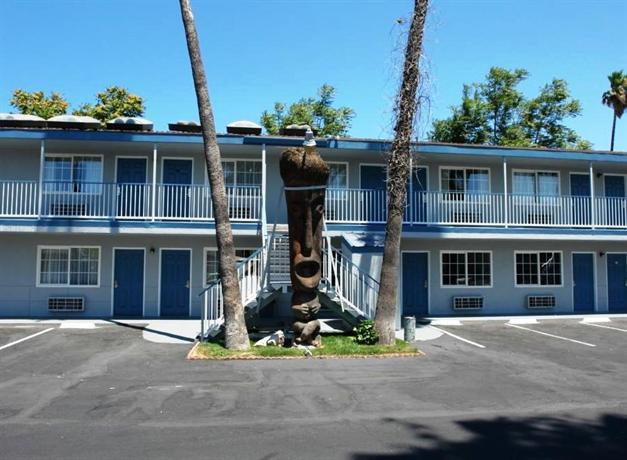 Tiki Lodge Modesto