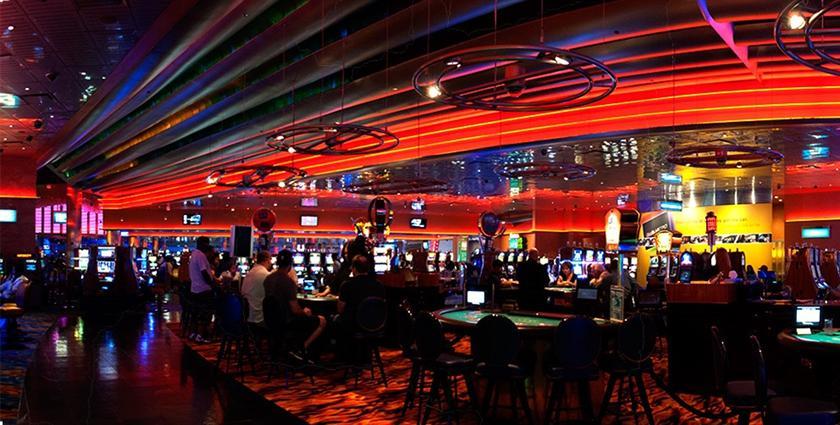 Motorcity casino hotel detroit compare deals for Motor city casino hotel deals