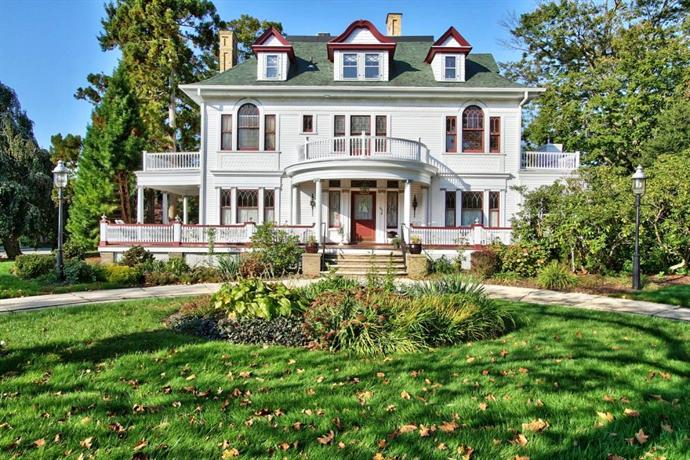 600 Main A Bed & Breakfast And Victorian Tea Room